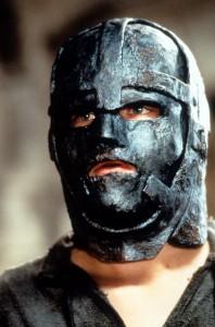 indentite-homme-masque-fer-3-198x300