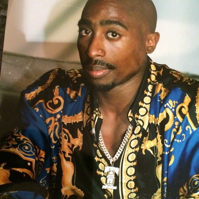 Tupac_In_Versace